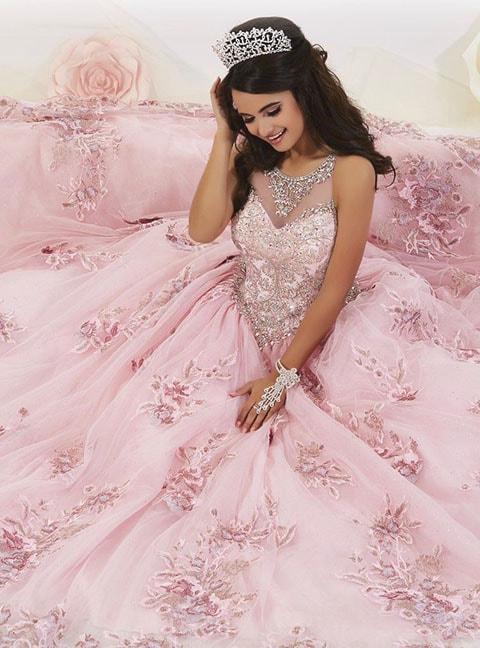 vestido color rosa estilo princesa para fiesta de 15 años