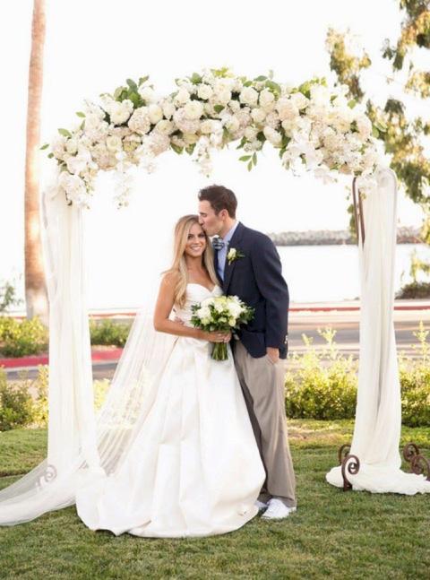 boda con arco floral