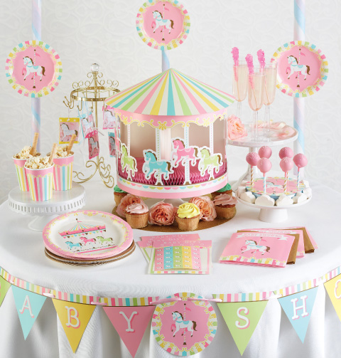 idea de mesa de dulces de carrusel para baby shower