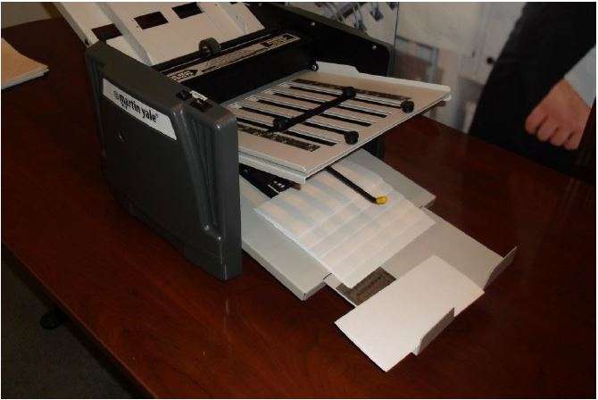 1217a-folding-machine-how-to-fold-multiple-page-documents-fig1.