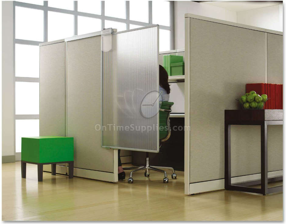 Quartet® Workstation Privacy Screen, 36w x 48d, Translucent Clear