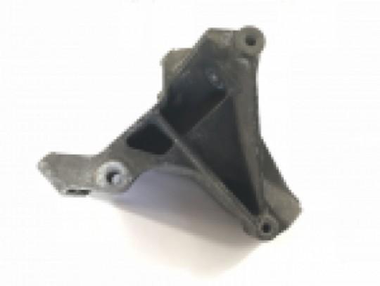 Alternator Upper Bracket Engine Idler Pulley and A/C Mount 97-02 TJ 53010207