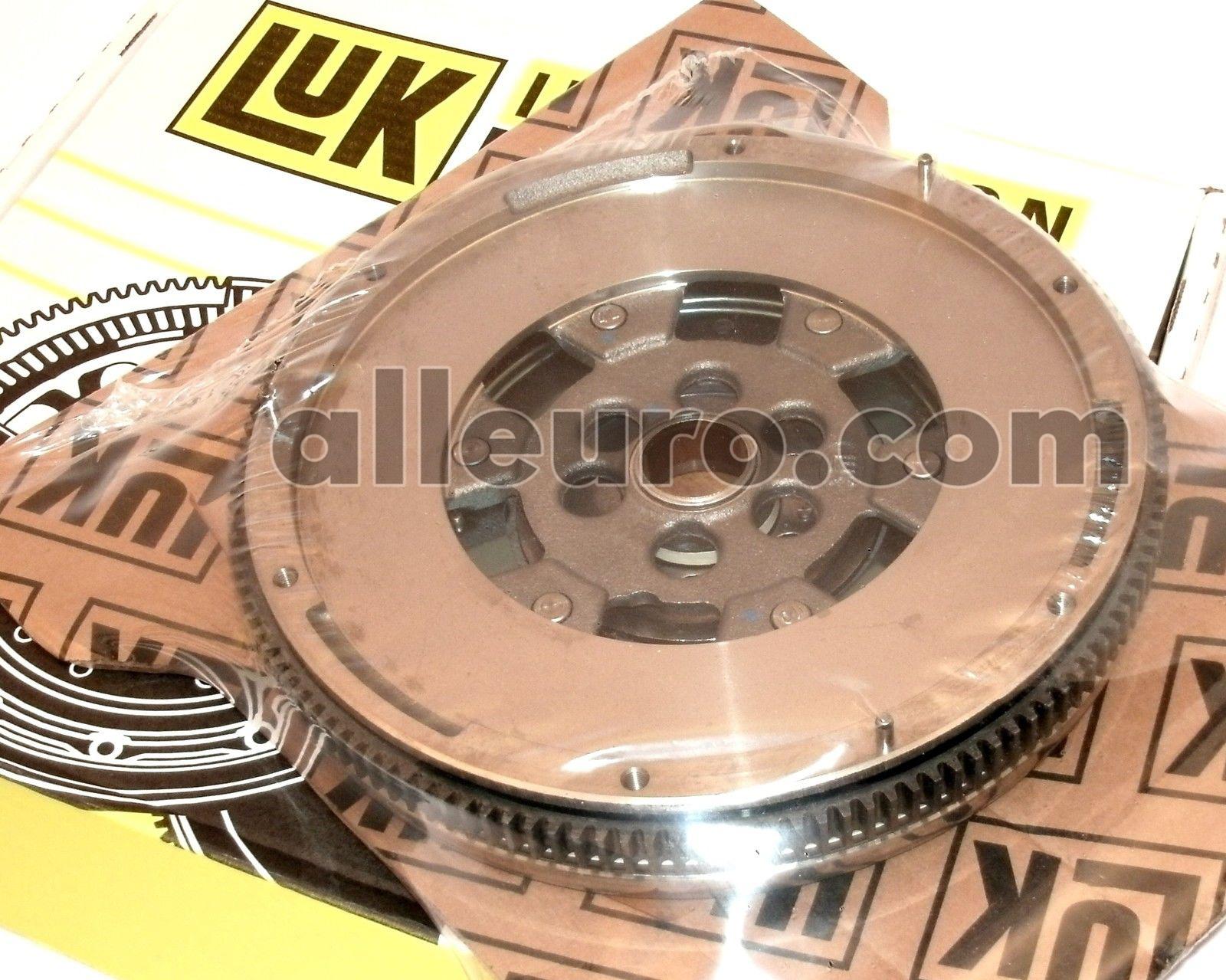 New Volkswagen Jetta Sachs Clutch Flywheel NFW7206 021105269BX