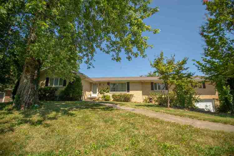 8344  Telephone Road Newburgh, IN 47630 | MLS 201839775
