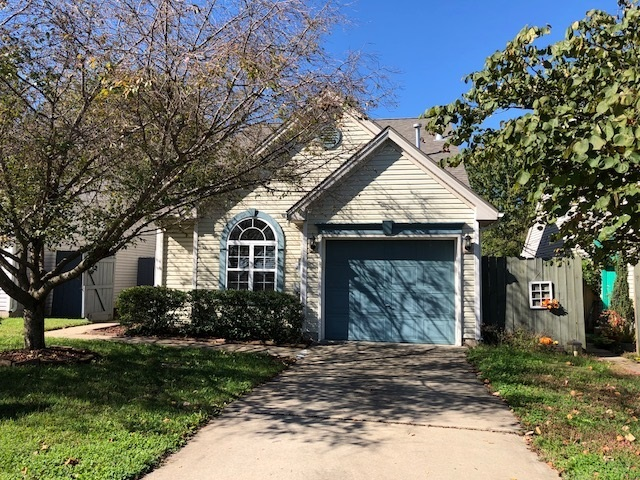 5991  River Walk Circle Newburgh, IN 47630 | MLS 201847462