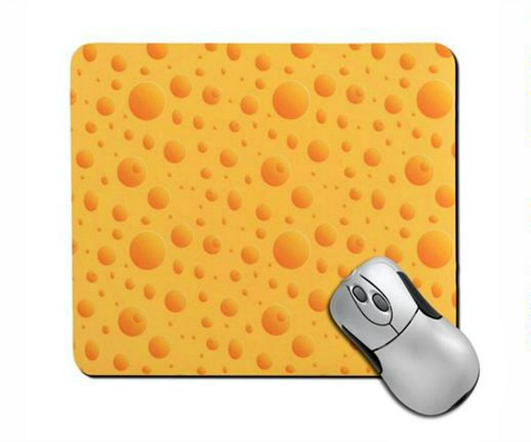 Mouse Pads at Totally Free Stuff