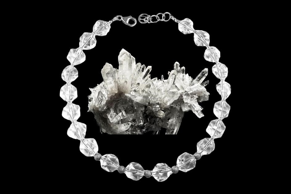 10 Reasons Why Natural Gemstone and Crystal Beaded Jewelry Makes the Perfect Gift