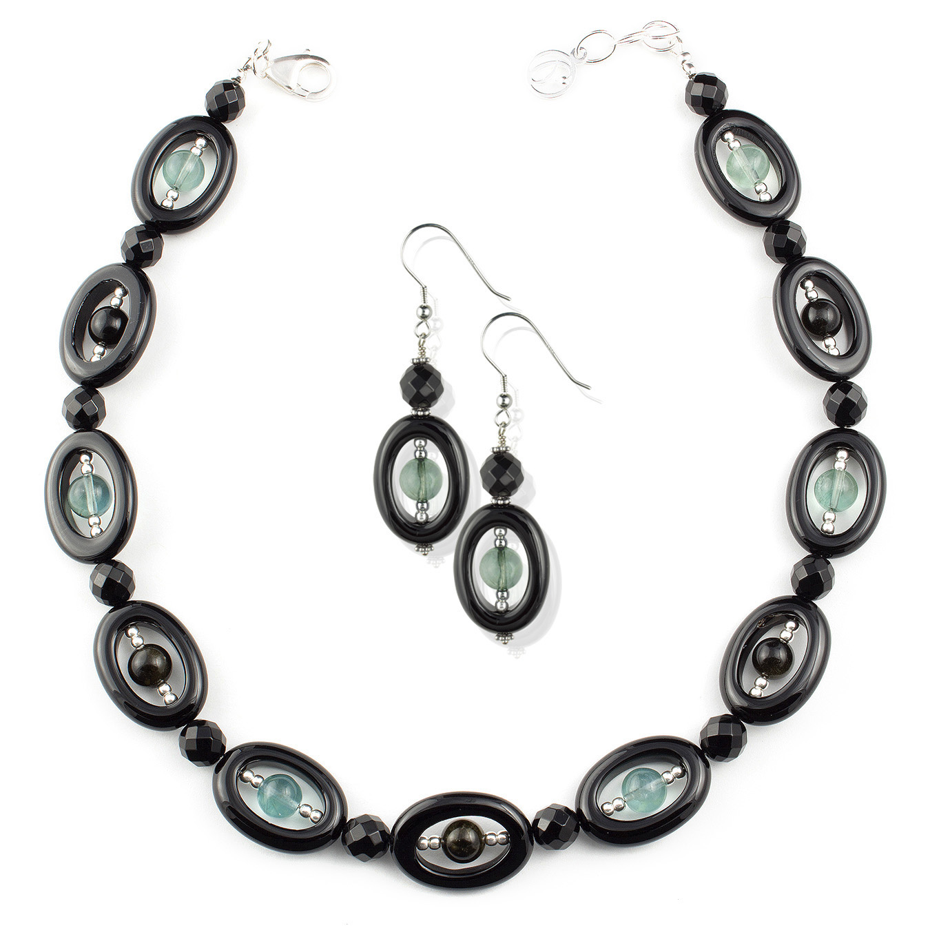 Create your own choker necklace with obsidian, fluorite and agate
