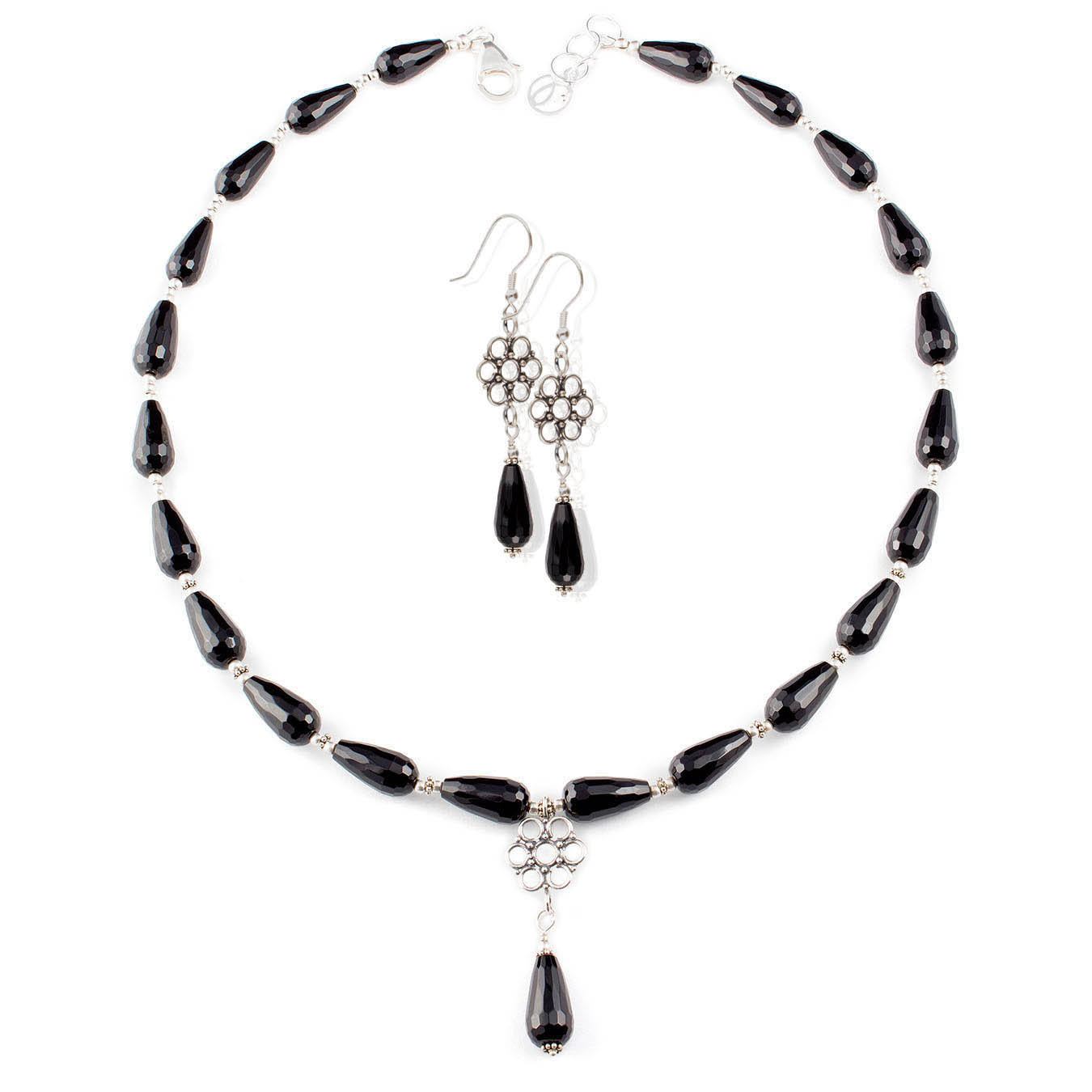 Beaded jewelry necklace made with black agate and bali pendant