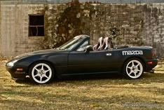 GirlRacerXXX-Mazda Miata Le