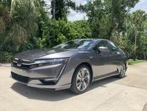 Nicole Suddard-Honda Clarity Plug-In Hybrid