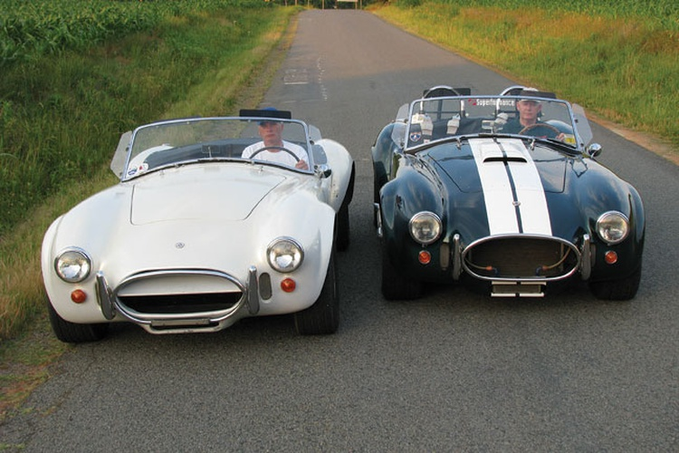 Replica vs Real Cobras – Great Lakes Cobra Club