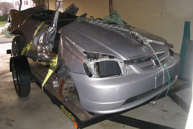 A banged-up Honda Civic donated its low-mileage D17A2 engine and a variety of other parts to the build.