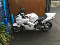 ae86andkp61 (Forum Supporter)-Honda VFR800