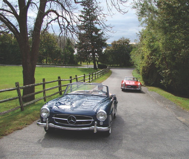 The 190SL seems smaller and more delicate, but the two cars are actually built on the same 94.5-inch wheelbase.