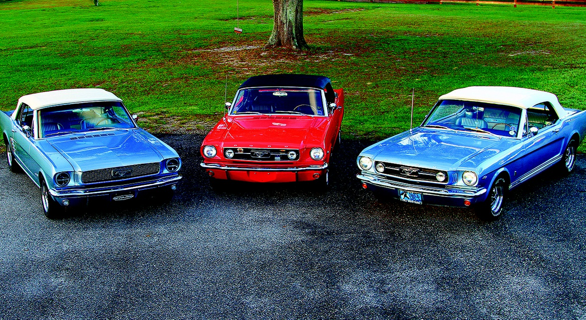 Recreating the Magic: The Revology Mustang| Classic Motorsports ...