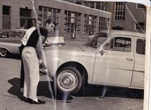 ncdragon-Renault Dauphin