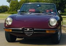 EarlSpot-Alfa Romeo Spider Veloce