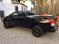SHAKESBEARD-Toyota Tundra SR5