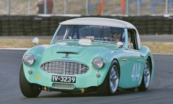 dougie-Austin-Healey 100-SIX MM
