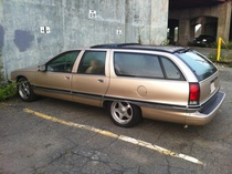 chapel-Buick Roadmaster Estate Wagon Limited