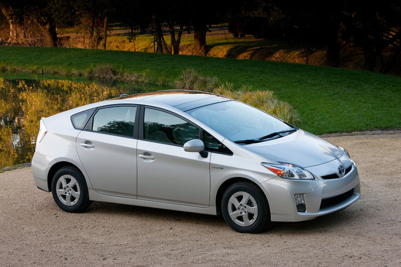 Amazing 2010 Toyota Prius V New Car Reviews