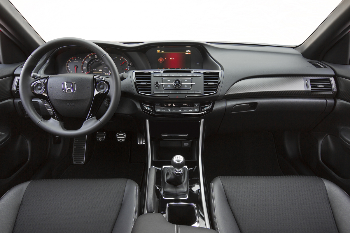rear review honda exterior accord sport image high expectations jeff jablansky