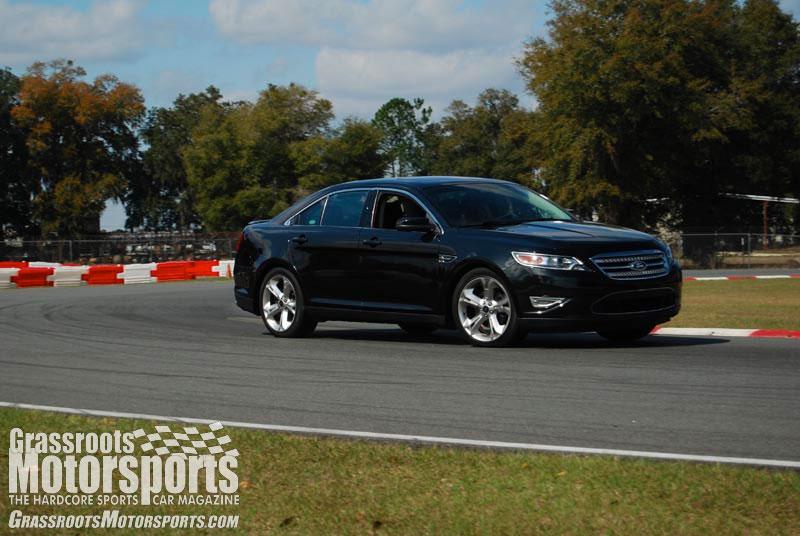 2011 ford taurus sho new car reviews grassroots motorsports. Black Bedroom Furniture Sets. Home Design Ideas