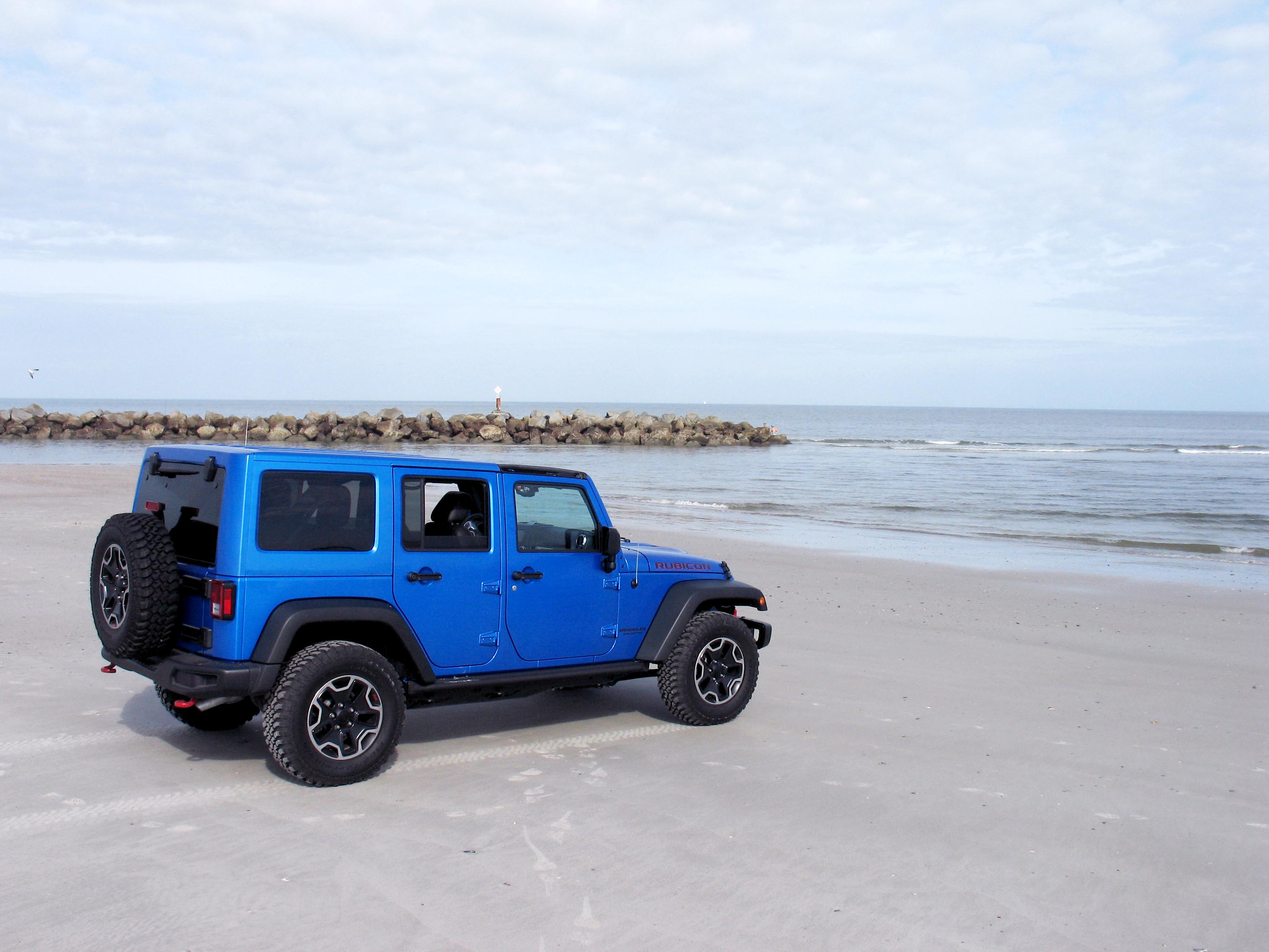 2016 Jeep Wrangler Unlimited Rubicon New car reviews