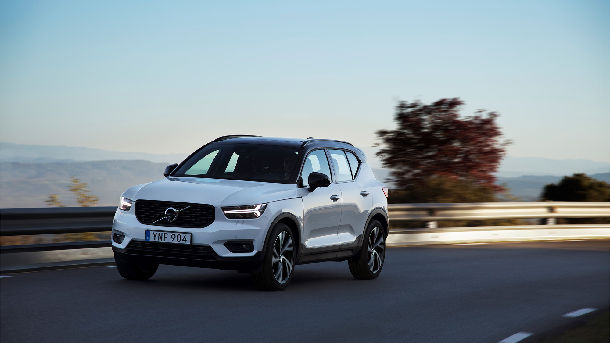 2019 Volvo Xc40 T5 R Design New Car Reviews Grassroots Motorsports