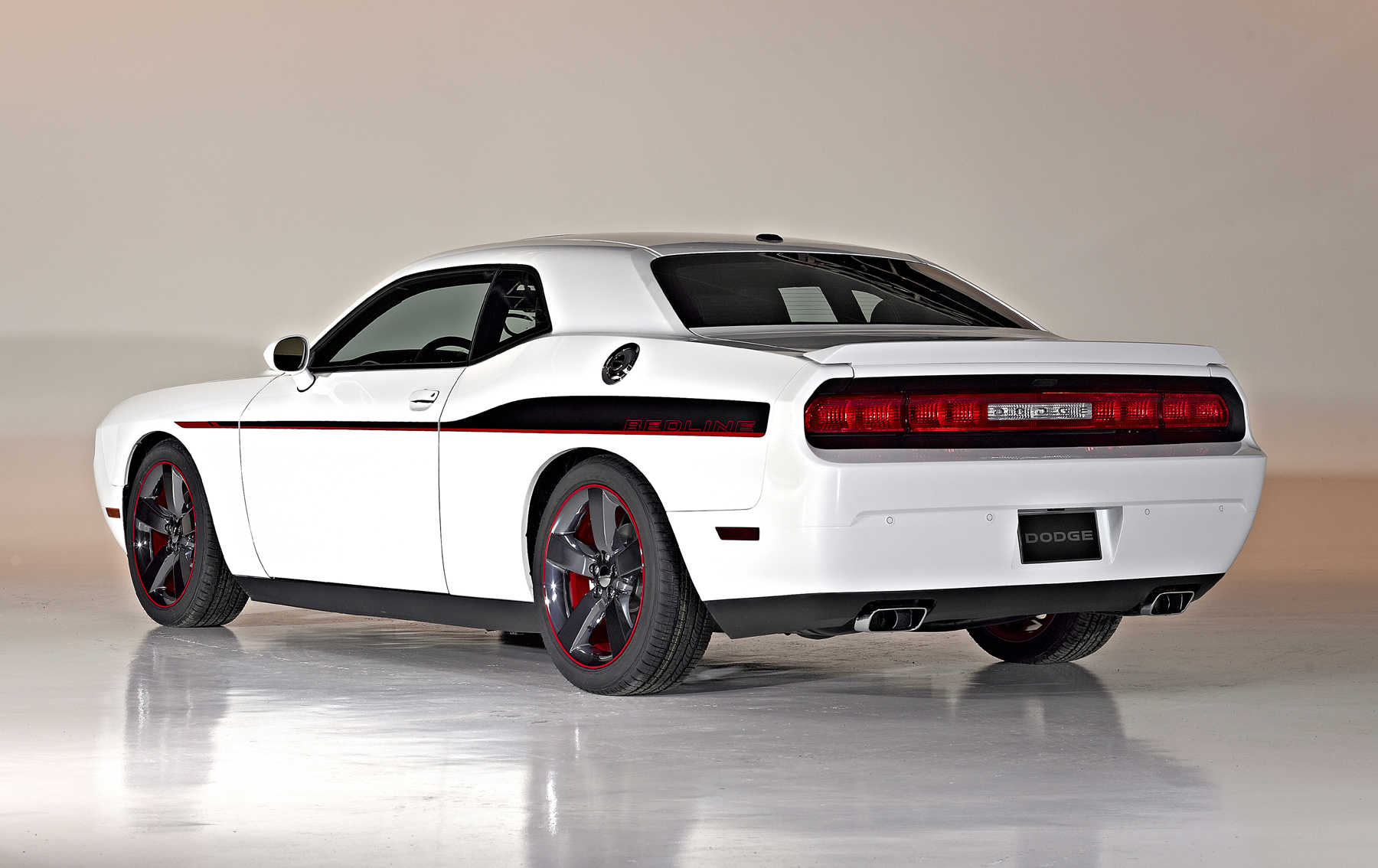 2014 Dodge Challenger R/T Redline: New car reviews | Grassroots ...