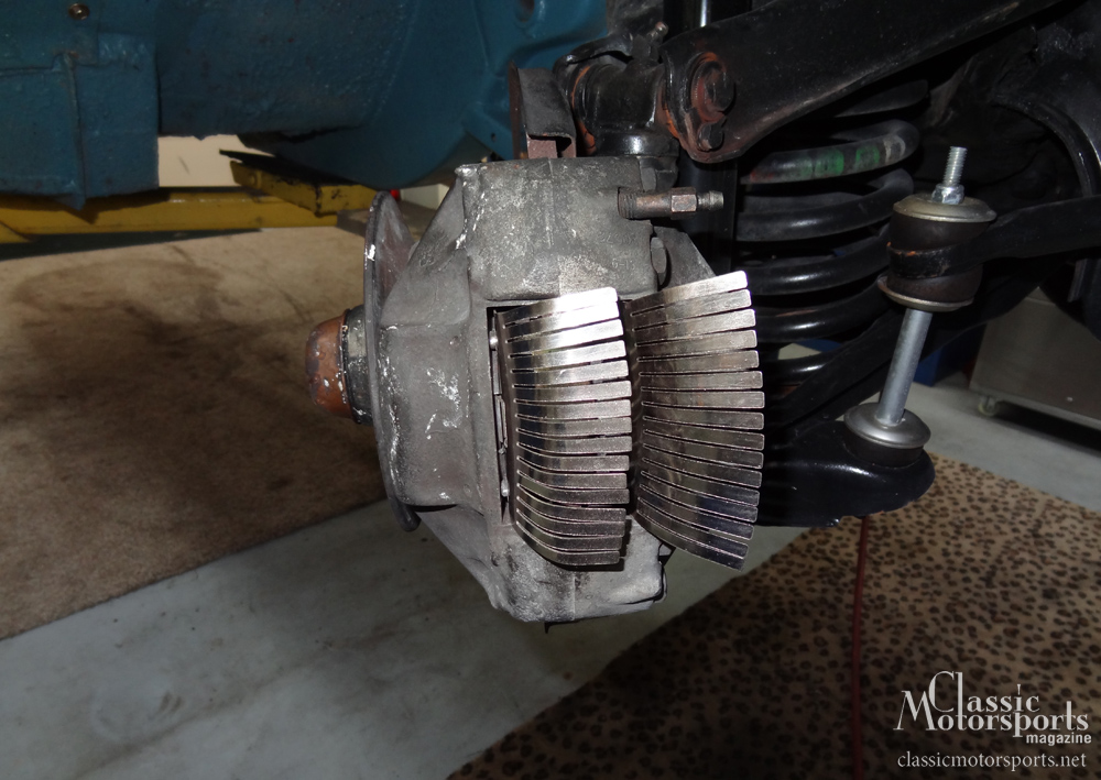 Extra Brake Cooling Mercedes Benz 230 S Project Car