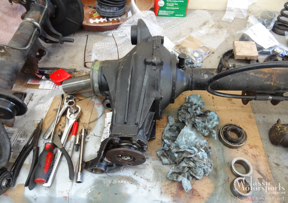 Upgrading the Differential | Mercedes-Benz 230 S | Project