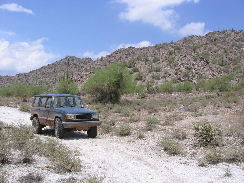 impulsive's Isuzu Trooper 2 6L: Readers Rides: