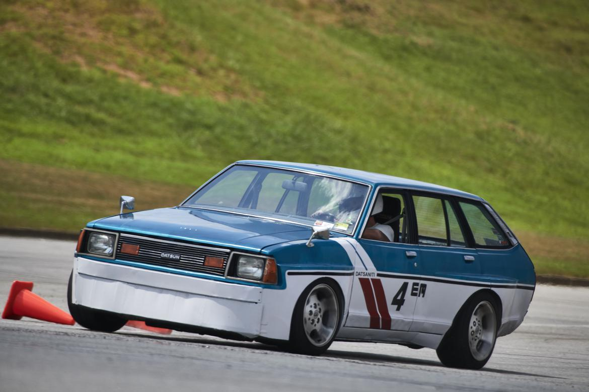 1565968212_scca_p7_1860-zf-7754-62625-1-002_mmthumb.jpg
