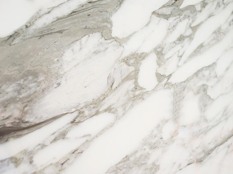View of Marble - Arabescato Carrara 2c