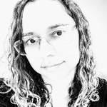 Viviane B. Ferreira