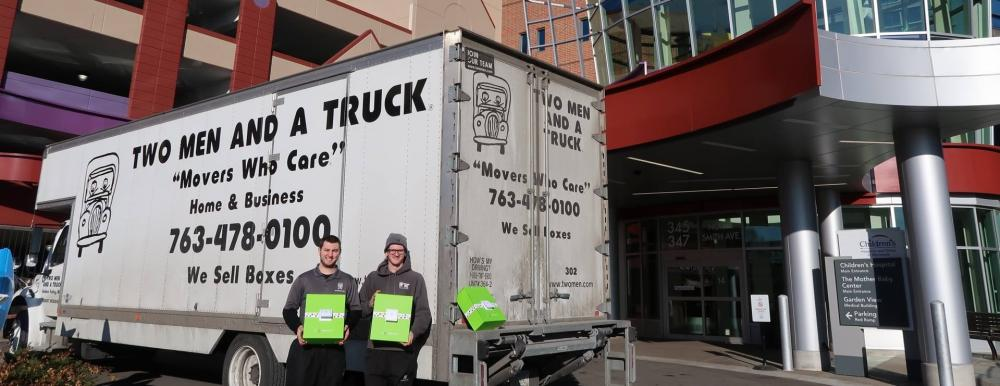 cheeriodial boxes and minneapolis movers in front of children's hospital of minnesota