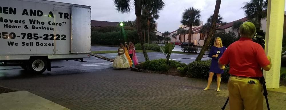"""TWO MEN AND A TRUCK Panama City """"Delivers"""" the Princesses for the Princess Ball"""
