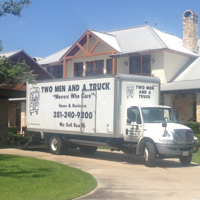 Movers in Sugar Land, TX | TWO MEN AND A TRUCK