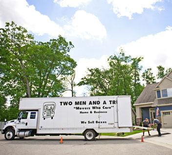 movers providing long distance services at destination home
