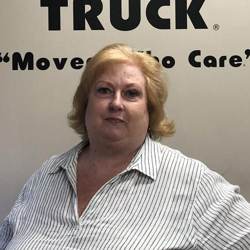 Cindy, our Columbus Two men and a truck office manager