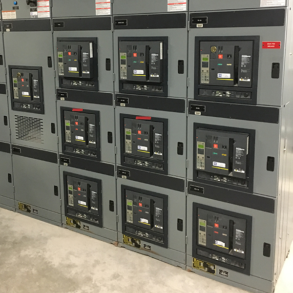 Retrofit large industrial circuit breakers