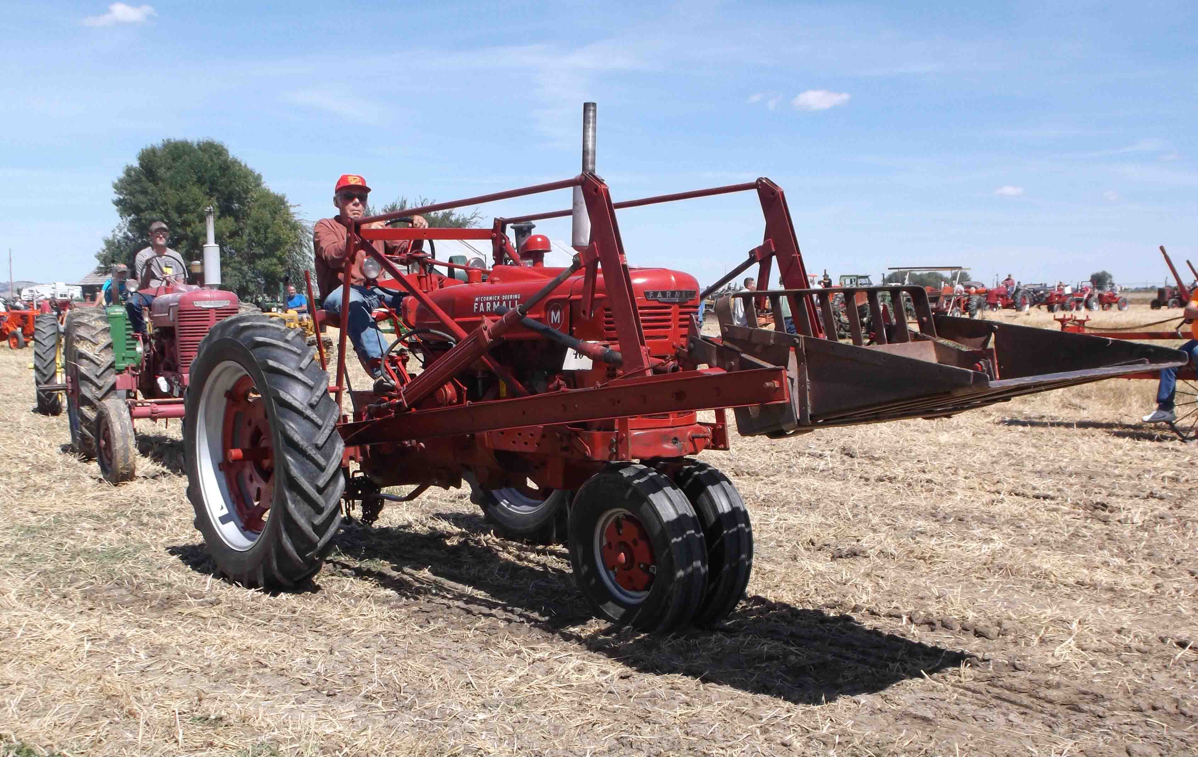IH Tractors on Montana Farm - Page 710 - Coffee Shop - Red Power
