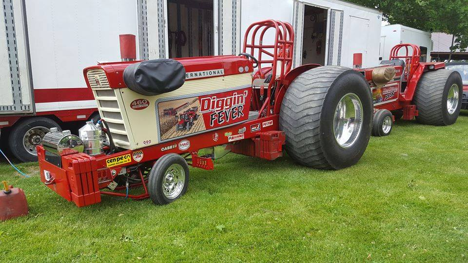 Ih Pulling Tractors : Edson lehns new addition to tractor pulling general ih