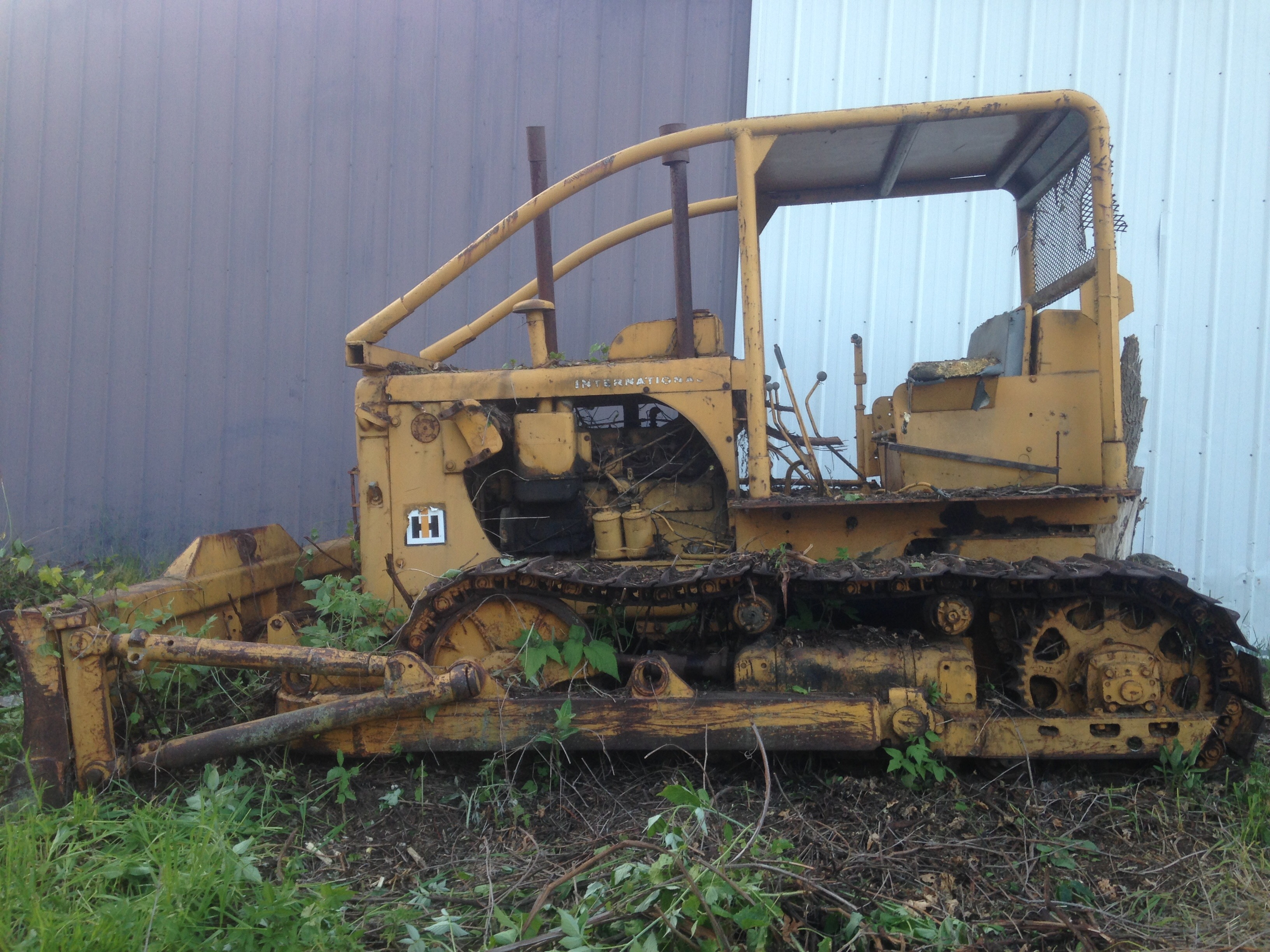 TD-15 dozer for sale for restore or parts - IH Construction