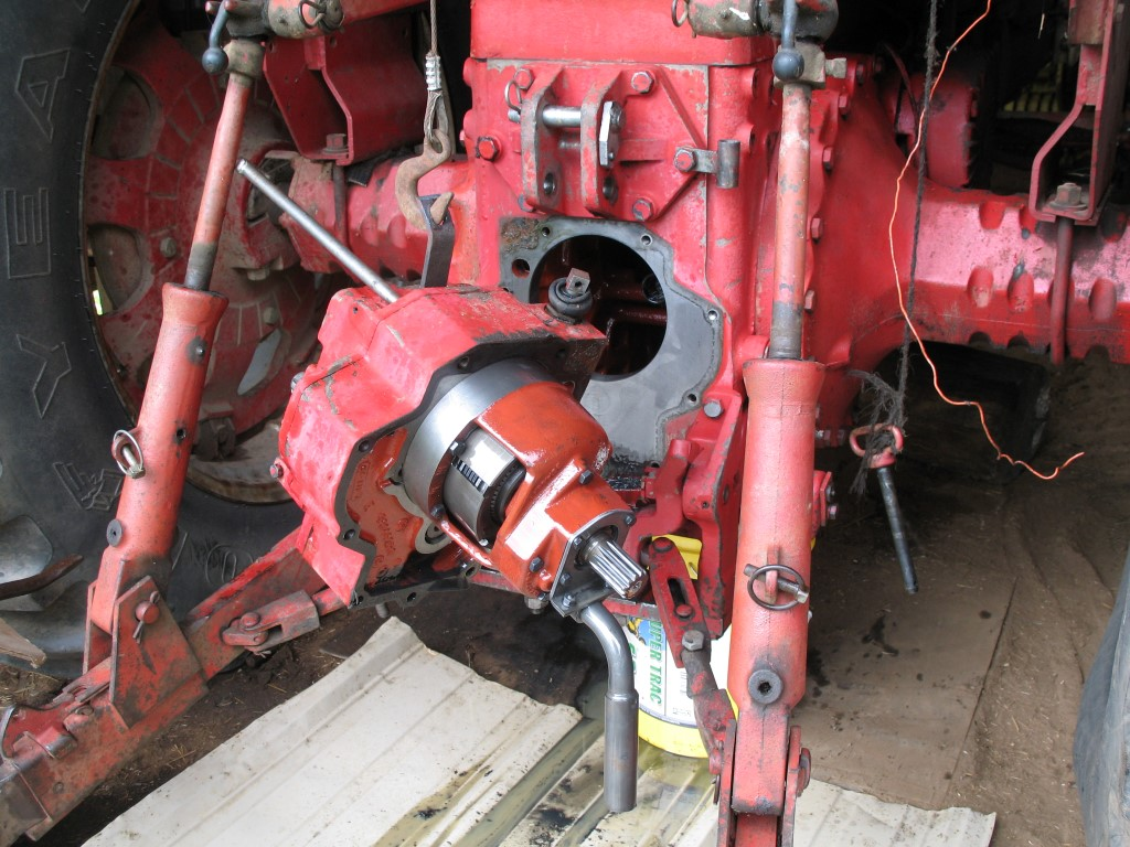 856 PTO clutch pack replacement - General IH - Red Power