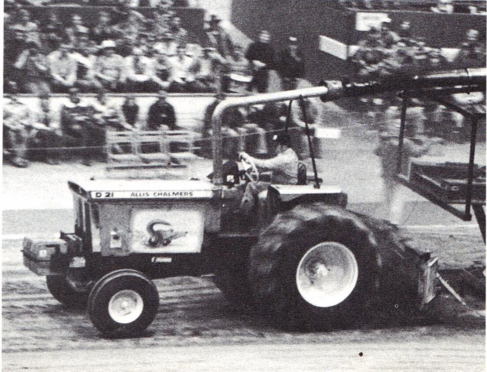 Puller mag at the Indy Super Pull in mid 70s with a D21 on the smoke