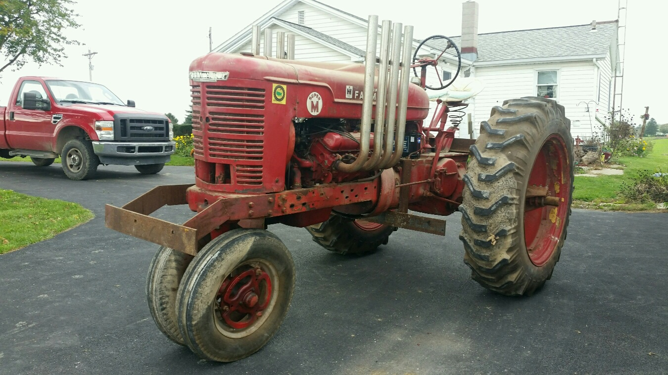 Farmall M Hood : My new old pulling tractor coffee shop red power
