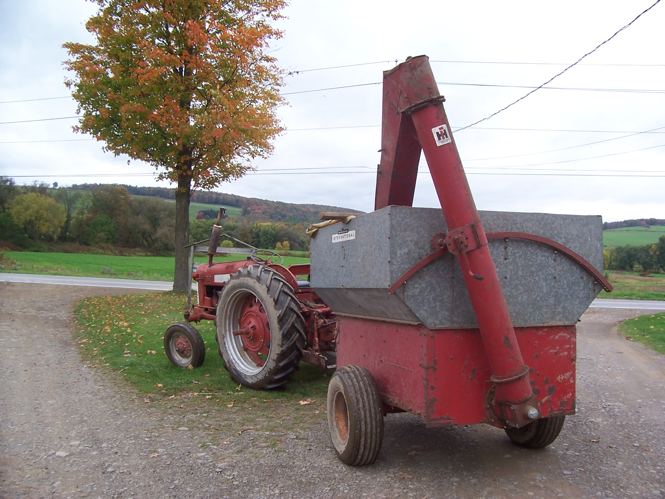 auger wagon - Coffee Shop - Red Power Magazine Community